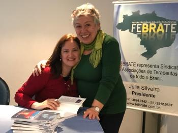 Octavia Del-Vecchio, Neurologista compra o livro de Juliana Davi 7
